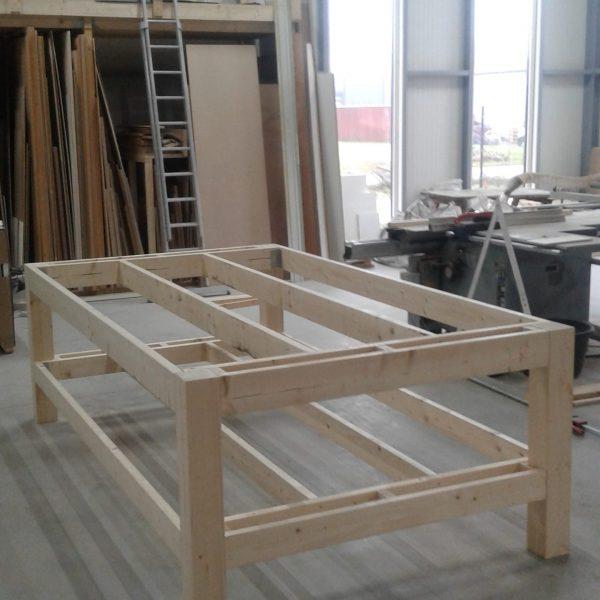 frame van een tafel